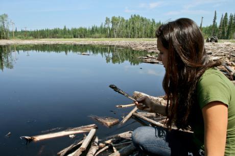 Melina-Finding-Oil-Spill